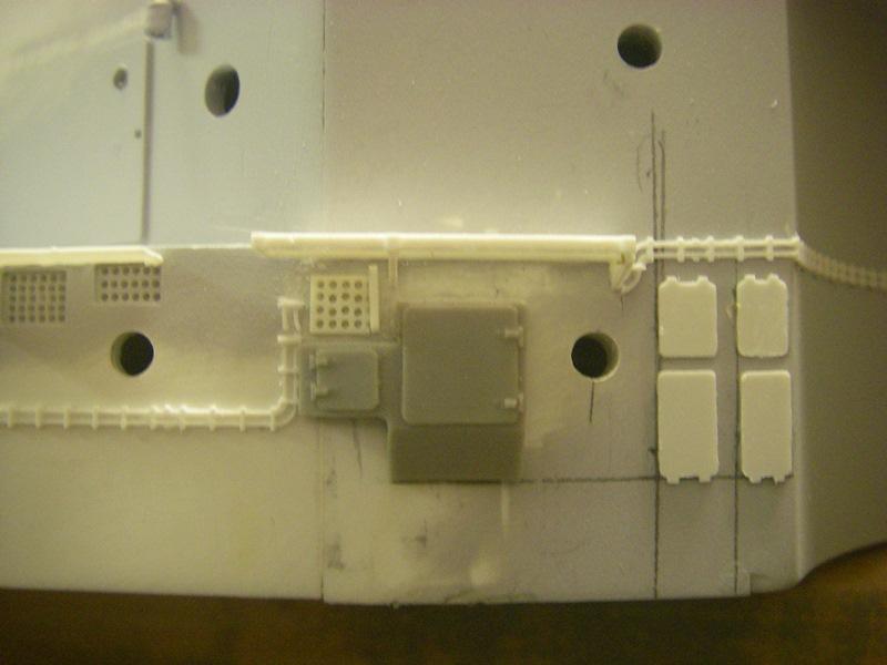 Bau der Bismarck in 1:100  Imgp8526