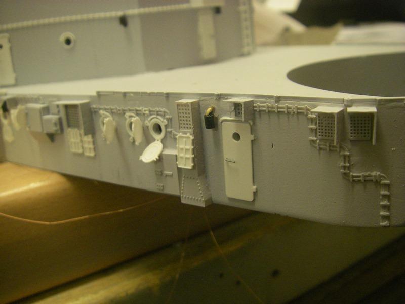 Bau der Bismarck in 1:100  Imgp8551