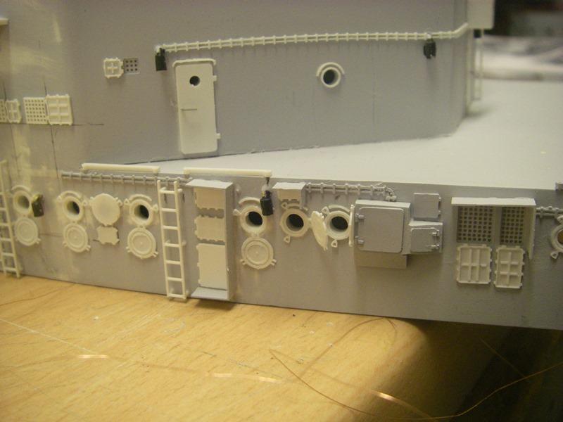Bau der Bismarck in 1:100  Imgp8553