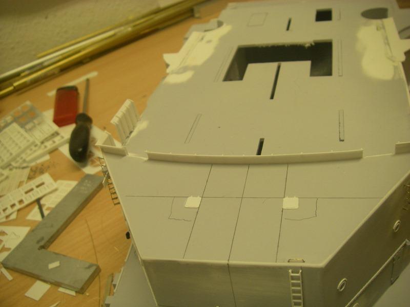 Bau der Bismarck in 1:100  Imgp8555