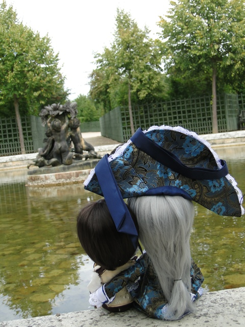 Topic COMMUN Mingrecords & Straylittledevil (Sebastian-Rayne-Andrew-Arion-Maguna-Tantus-Richt) ==> Dolls visiting Versailles ^^ - Page 3 Dsc06511