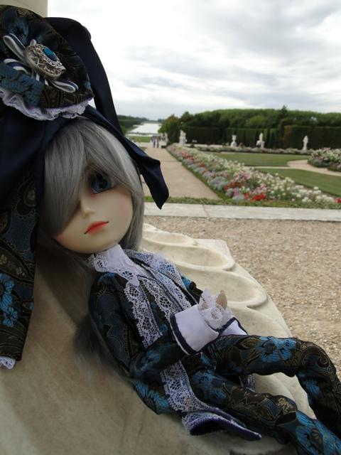 Topic COMMUN Mingrecords & Straylittledevil (Sebastian-Rayne-Andrew-Arion-Maguna-Tantus-Richt) ==> Dolls visiting Versailles ^^ - Page 3 Dsc06610