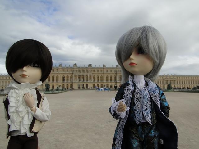Topic COMMUN Mingrecords & Straylittledevil (Sebastian-Rayne-Andrew-Arion-Maguna-Tantus-Richt) ==> Dolls visiting Versailles ^^ - Page 3 Dsc06612