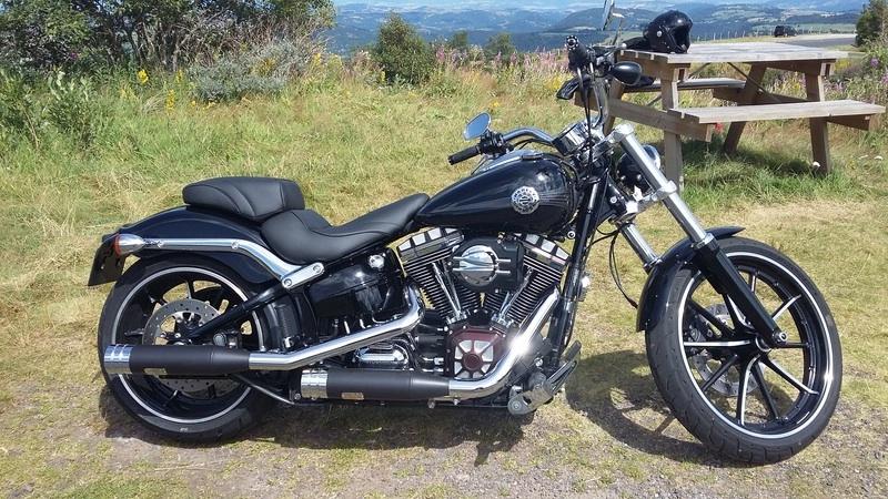 Combien de breakoutboy sur le Forum Passion-Harley ?? - Page 18 Image110