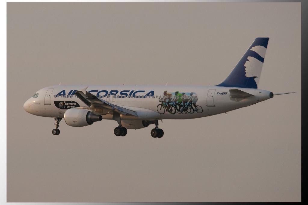 Aéroport Marseille Provence A320-210