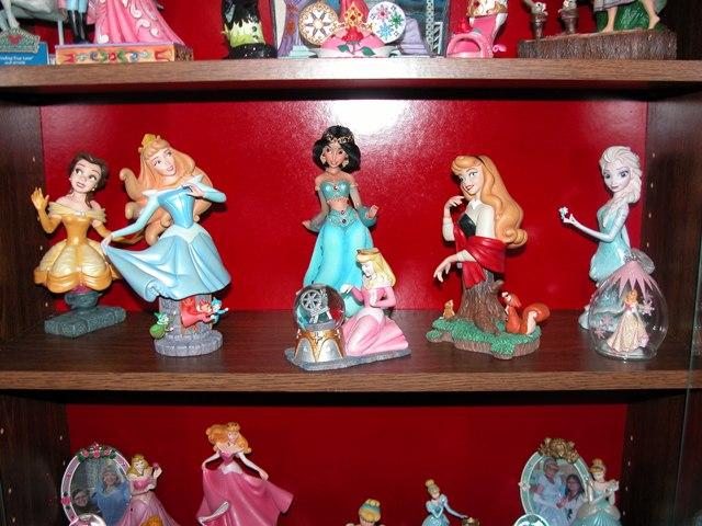 [Collection] Dans la plus Haute Tour de BriarRose (Thème Belle au Bois Dormant, et Princesses) Dscn2854