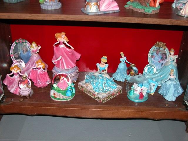 [Collection] Dans la plus Haute Tour de BriarRose (Thème Belle au Bois Dormant, et Princesses) Dscn2858