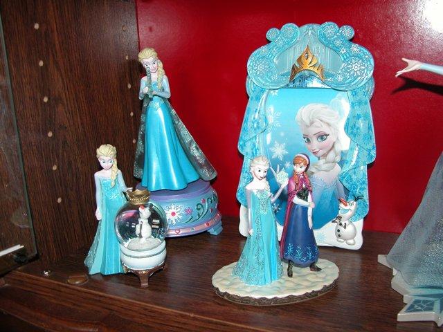 [Collection] Dans la plus Haute Tour de BriarRose (Thème Belle au Bois Dormant, et Princesses) Dscn2940