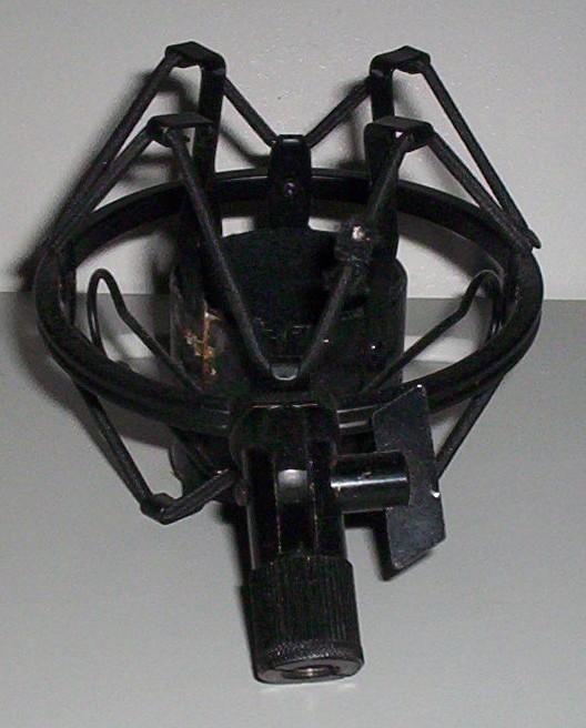 suspension AT4033 Alasti10