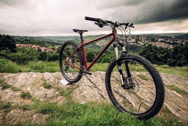 Les vélos Cotic Bfe27510