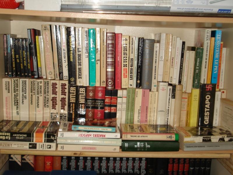 divers livres et objets divers Dsc02511