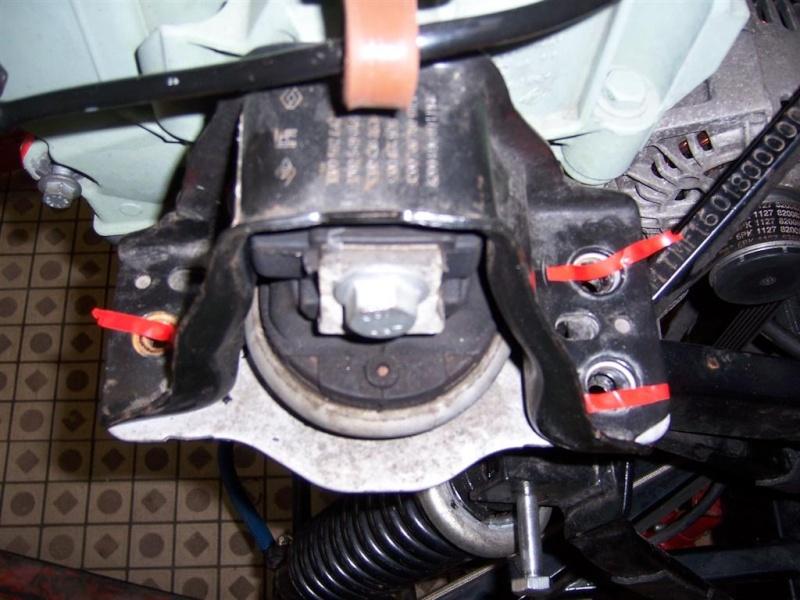 Dépose moteur modification des bras V1 en V2 suivant modèle SECMA 100_4220
