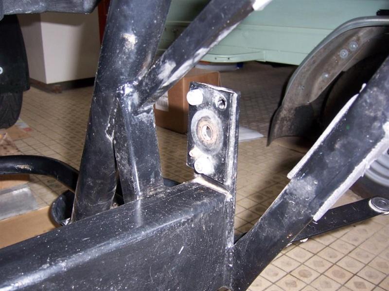 Dépose moteur modification des bras V1 en V2 suivant modèle SECMA 100_4263