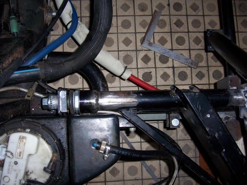 Dépose moteur modification des bras V1 en V2 suivant modèle SECMA 100_4315