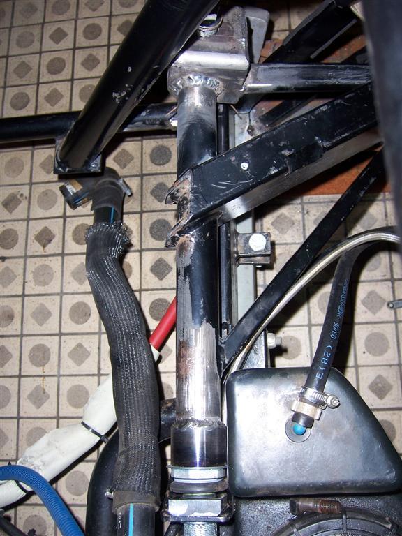 Dépose moteur modification des bras V1 en V2 suivant modèle SECMA 100_4318