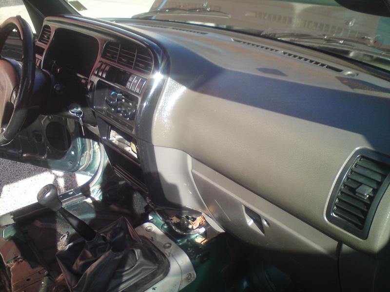 [Med]Honda Civic 1.8 I-Vtec Sol310