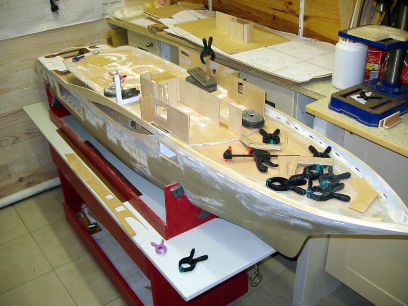 Une nouvelle idée super yacht 70 m le WM70 - Page 17 Wm70_117
