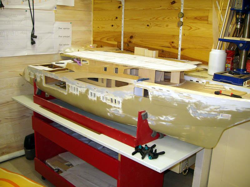 Une nouvelle idée super yacht 70 m le WM70 - Page 17 Wm70_120