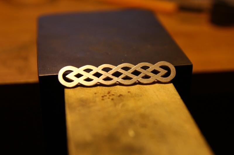 Ma seconde réalisation, bracelet entrelac celtique Img_9923
