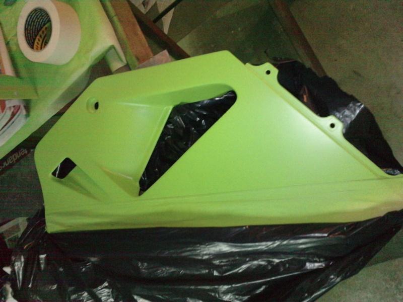 Ma verte en cours de resto peinture  P2208112