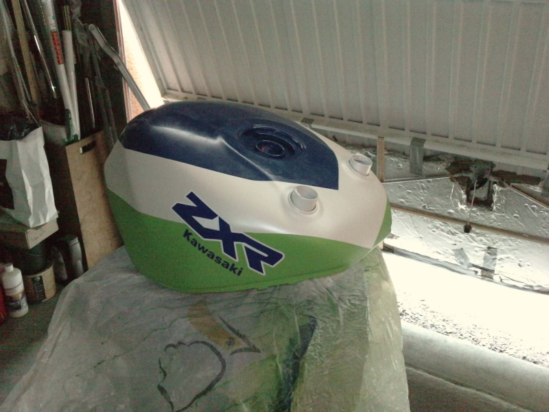 Ma verte en cours de resto peinture  P2408110