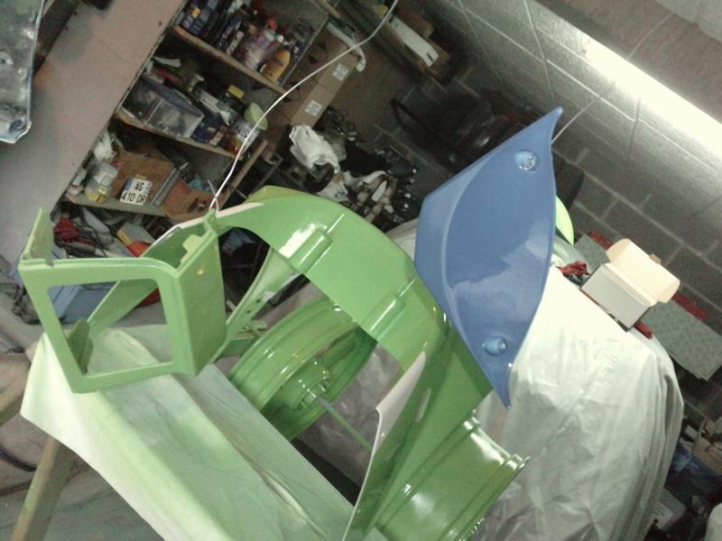 Ma verte en cours de resto peinture  P2408124