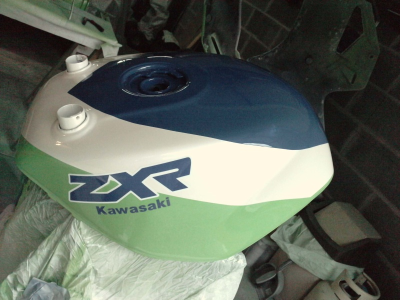 Ma verte en cours de resto peinture  P2408126