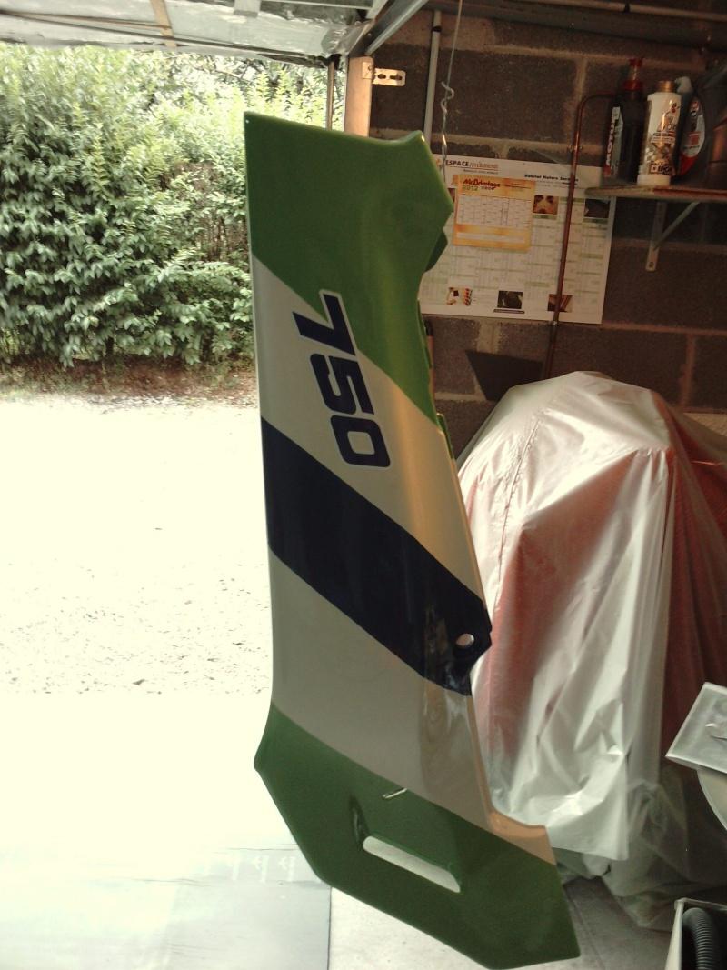 Ma verte en cours de resto peinture  P2408136
