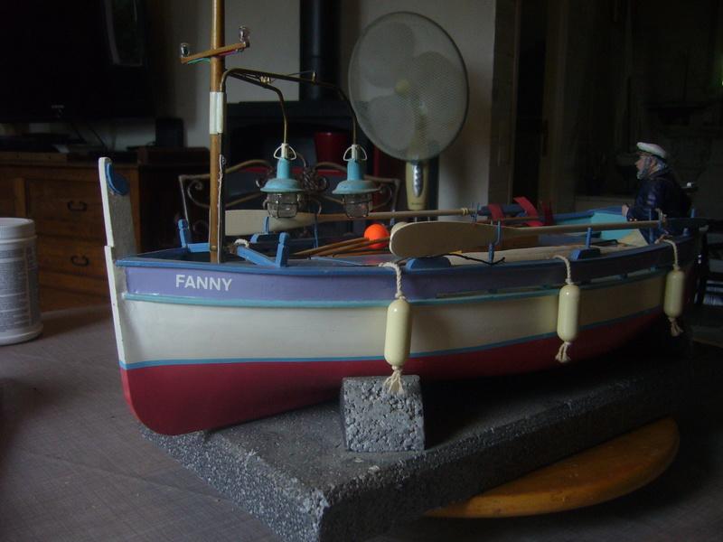La fanny Pointu  marseillais à une échelle  1/8° P1190015