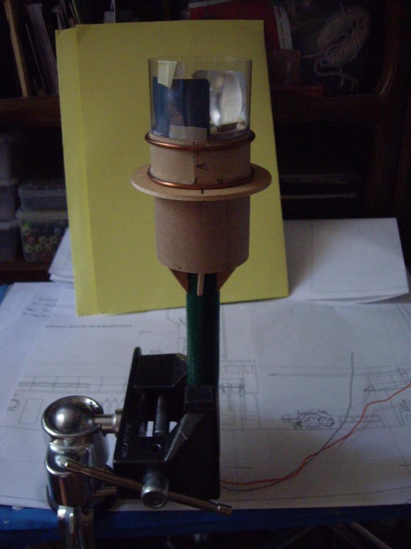 """CONSTRUCTION du BATEAU FEU  """"SANDETTIE"""" - Page 2 0_2410"""