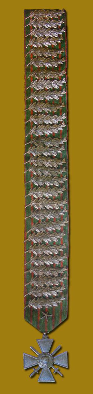Croix de guerre avec 14 citations ! 103_re10