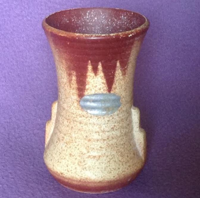 Crown Lynn vase #1 ? 1-110
