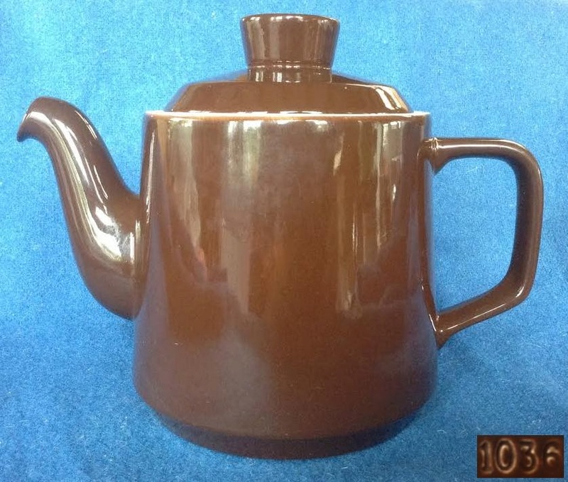 Crown Lynn 1036 shape twenty-5 teapot, 1035 lid 103610