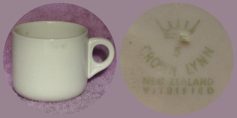 What do the numbers on Vitrified and Supervitried ware represent?  Answer - The Year made! - Page 2 700_1910