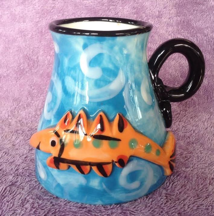Handpotted and decorated mug by Peter Faulkner, founder of Splashy Faulkn10