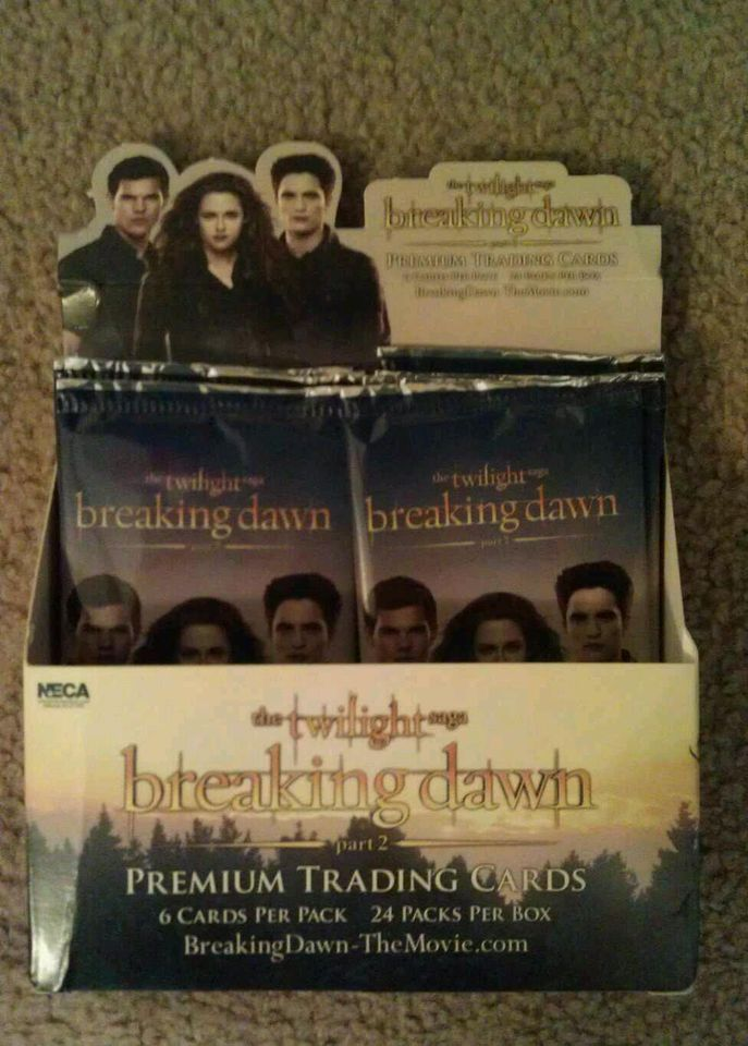 [Breaking Dawn] Premium trading card by NECA - Page 2 T2ec1610