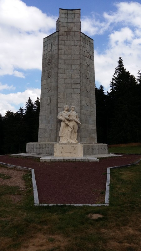 Mt Mouchet haut lieu de la Résistance Mt_mou10
