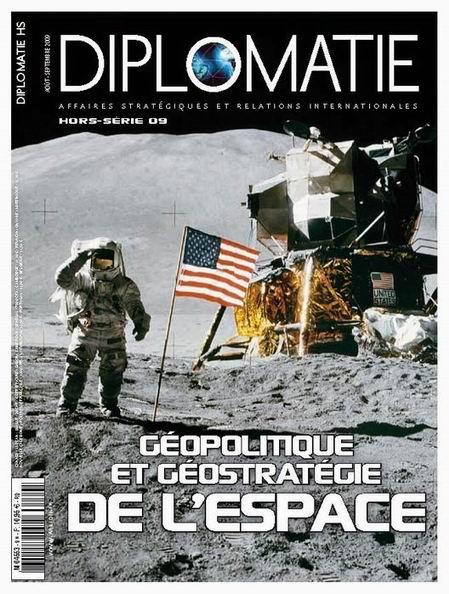 """Revue """"Diplomatie""""-Géopolitique de l'espace"""" 2_gyop13"""