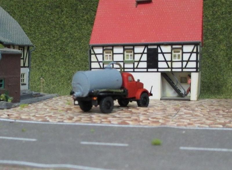 Gaz 63 Fäkalienwagen 410