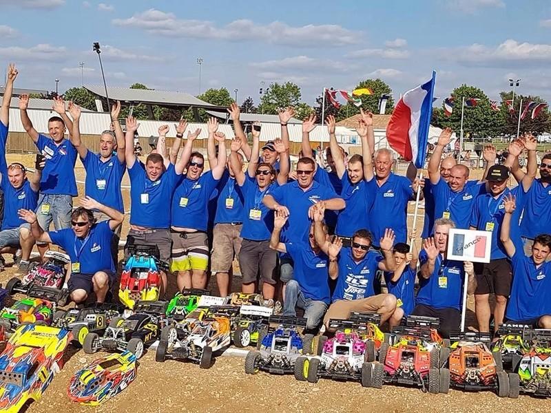 (reportage course)  Championnat d'europe -  Neuville Poitou - Page 4 13686711