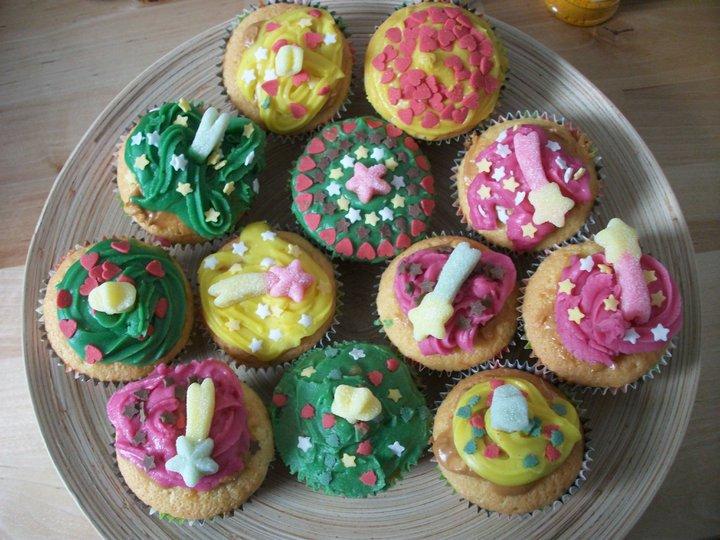 Peanut butter cupcakes ! 16488610