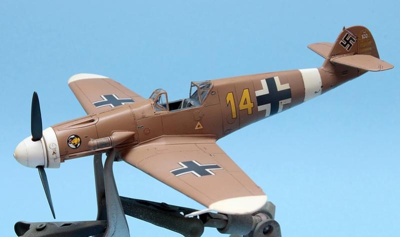 Bf-109 F-4/Trop H.J. Marsellie - FM 1/72 Img_6827
