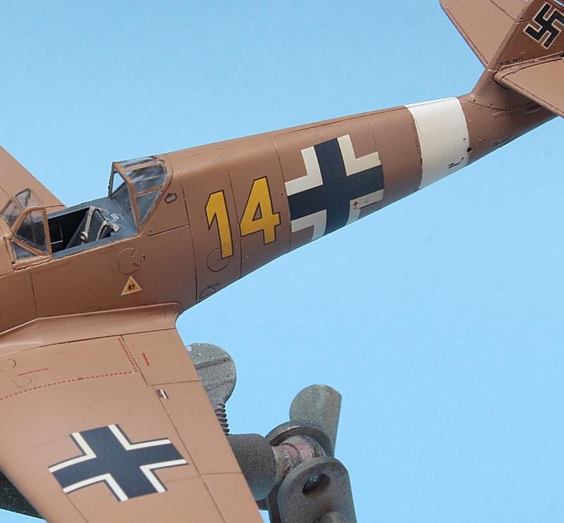 Bf-109 F-4/Trop H.J. Marsellie - FM 1/72 Img_6828