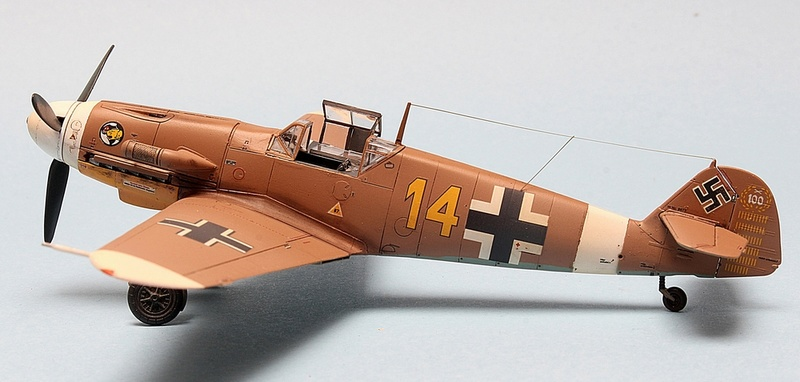 Bf-109 F-4/Trop H.J. Marsellie - FM 1/72 Img_6830