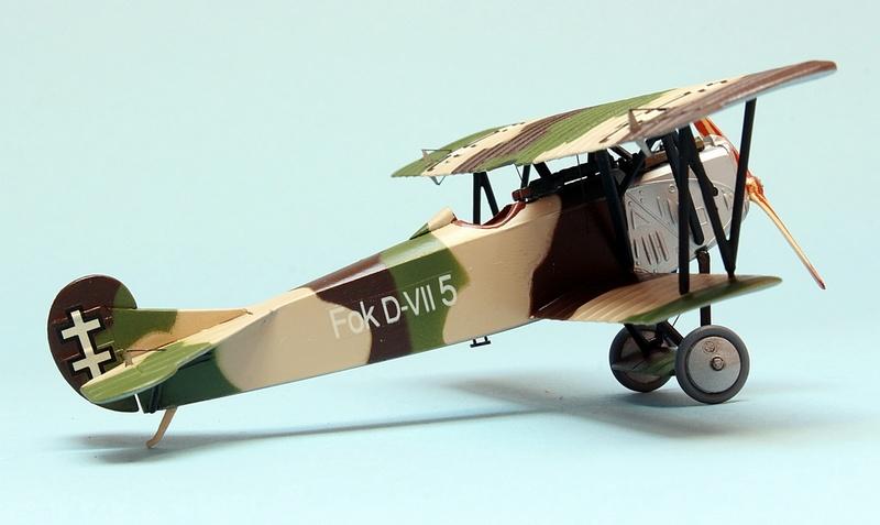 Fokker D.VII - Lithuania 1928-30 - Revell 1/72 Img_6839