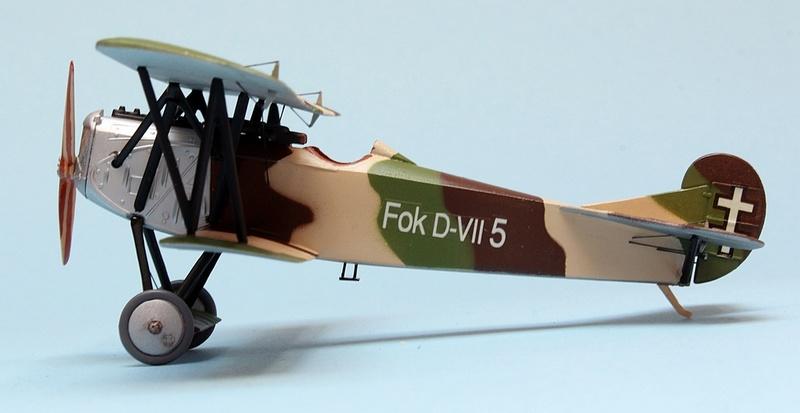 Fokker D.VII - Lithuania 1928-30 - Revell 1/72 Img_6841