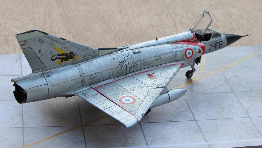 "[RV Aircraft] Mirage IIIC SPA 94 ""Mort qui fauche"" ECT 02/002 ""Cote d'Or"" Img_2715"