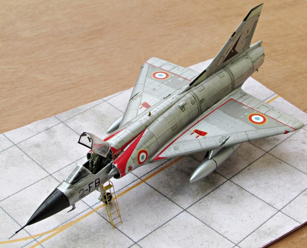 "[RV Aircraft] Mirage IIIC SPA 94 ""Mort qui fauche"" ECT 02/002 ""Cote d'Or"" Img_2716"