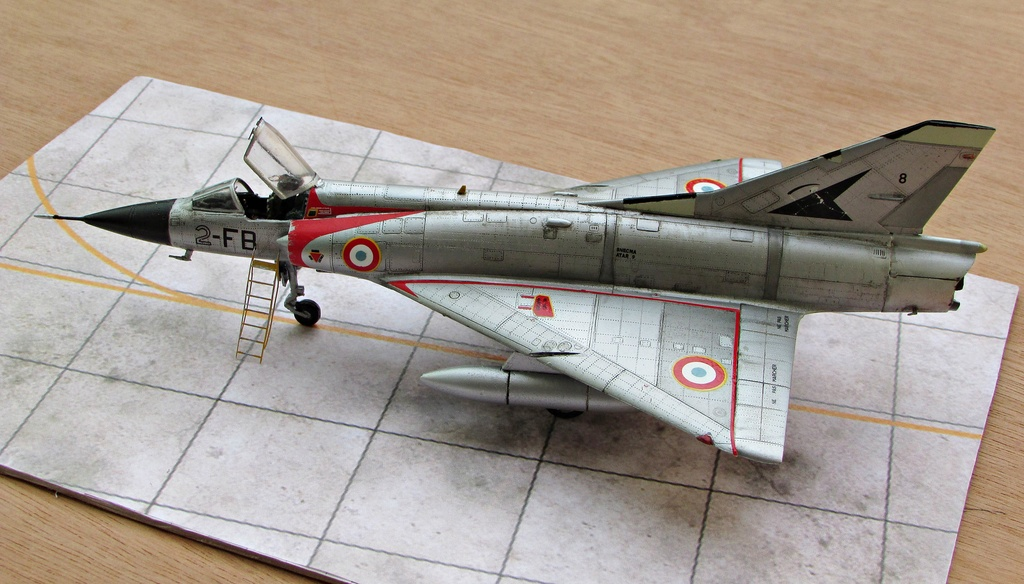 "[RV Aircraft] Mirage IIIC SPA 94 ""Mort qui fauche"" ECT 02/002 ""Cote d'Or"" Img_2719"