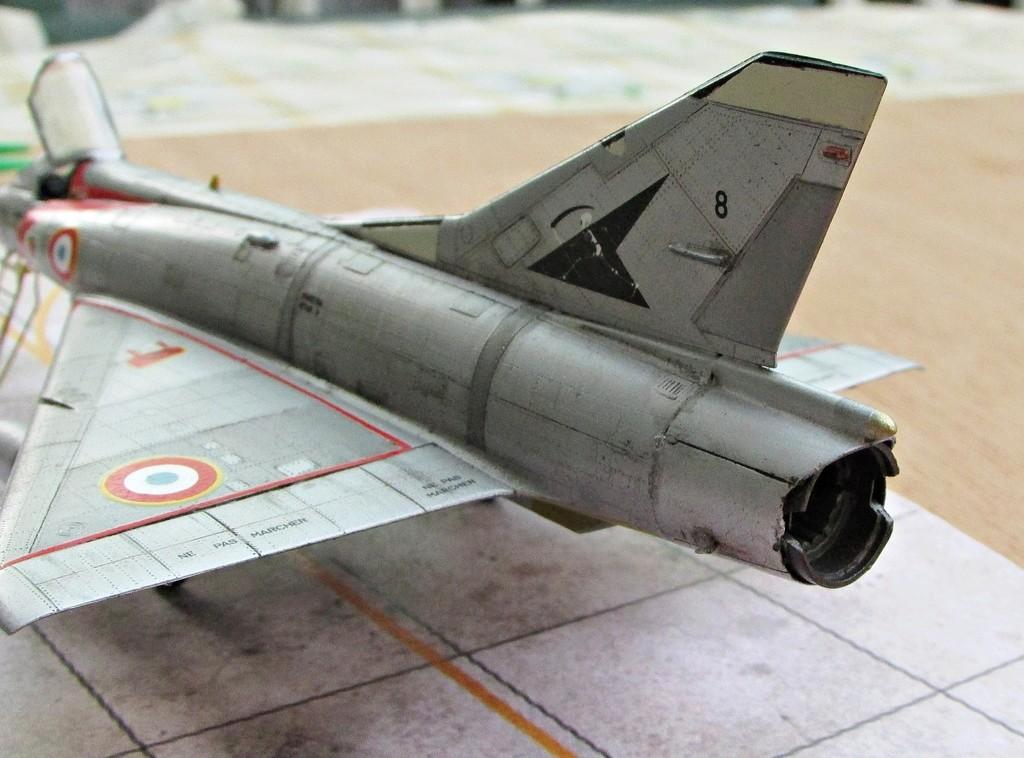 "[RV Aircraft] Mirage IIIC SPA 94 ""Mort qui fauche"" ECT 02/002 ""Cote d'Or"" Img_2721"
